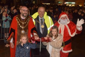 At Xmas Lights Turn On the Mayor has to welcome many foreign dignatories such as Santa Claus and the Chairman of Sedgemoor District Council